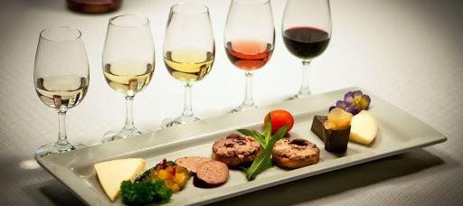 maridaje de las salchichas al vino